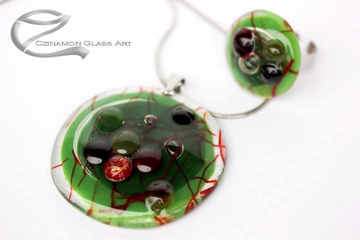 Zöld kerek üvegékszer