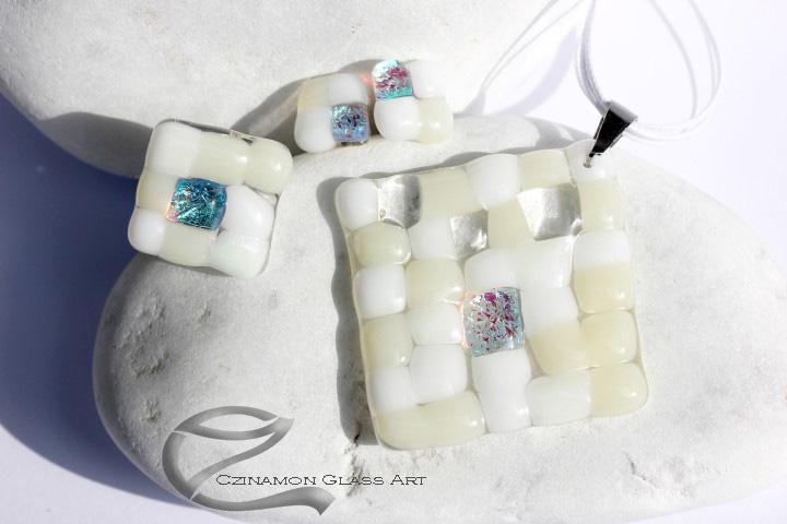 Fehér mozaik üveg ékszer szett