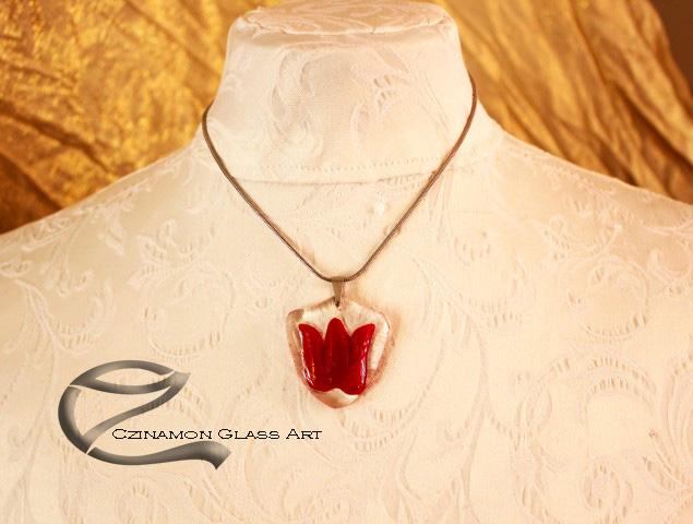 Piros tulipán üveg medál