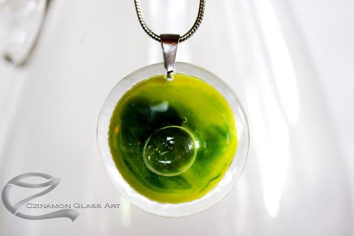 Sárga, zöld kerek üvegékszer