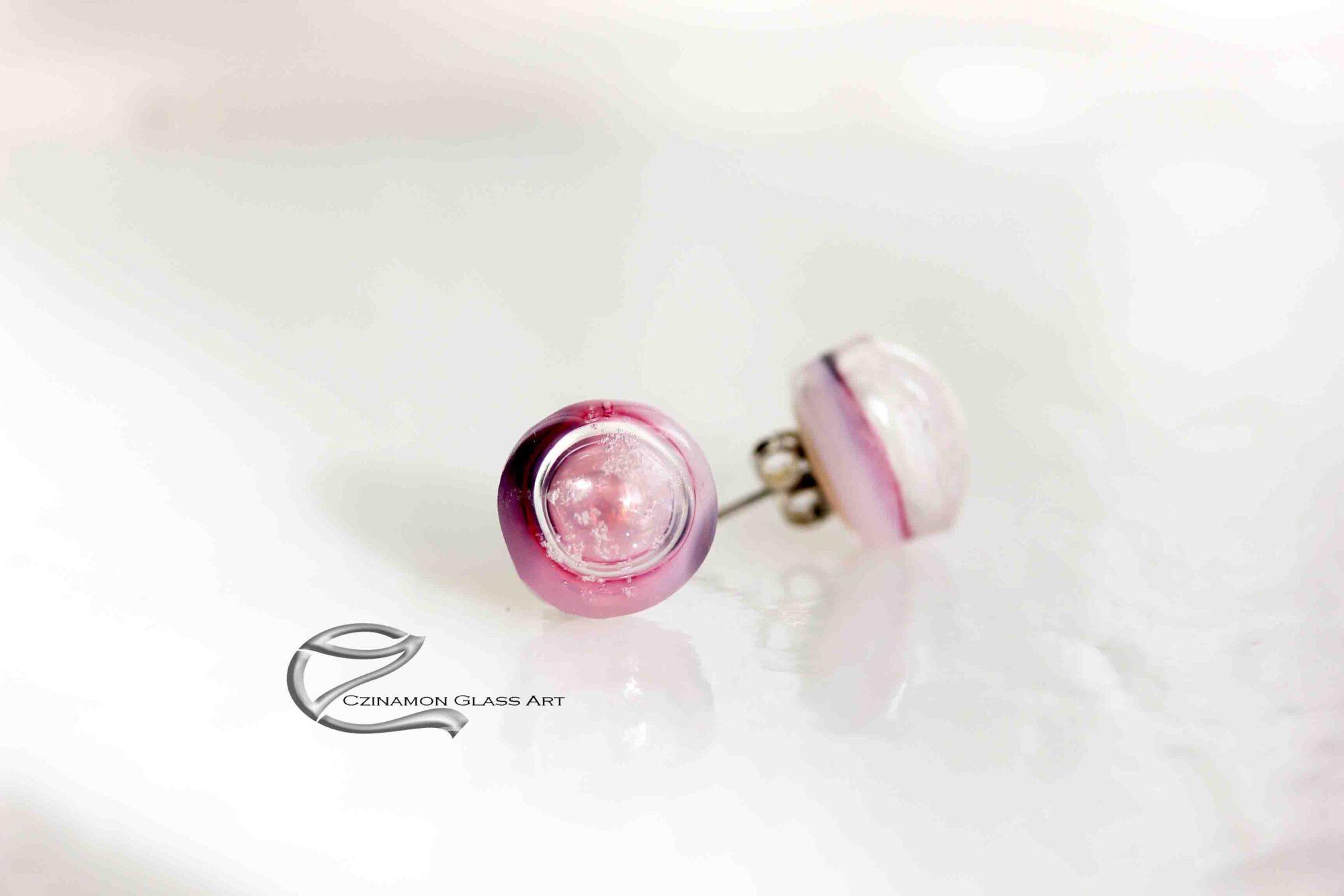 Rózsaszín üveg fülbevaló