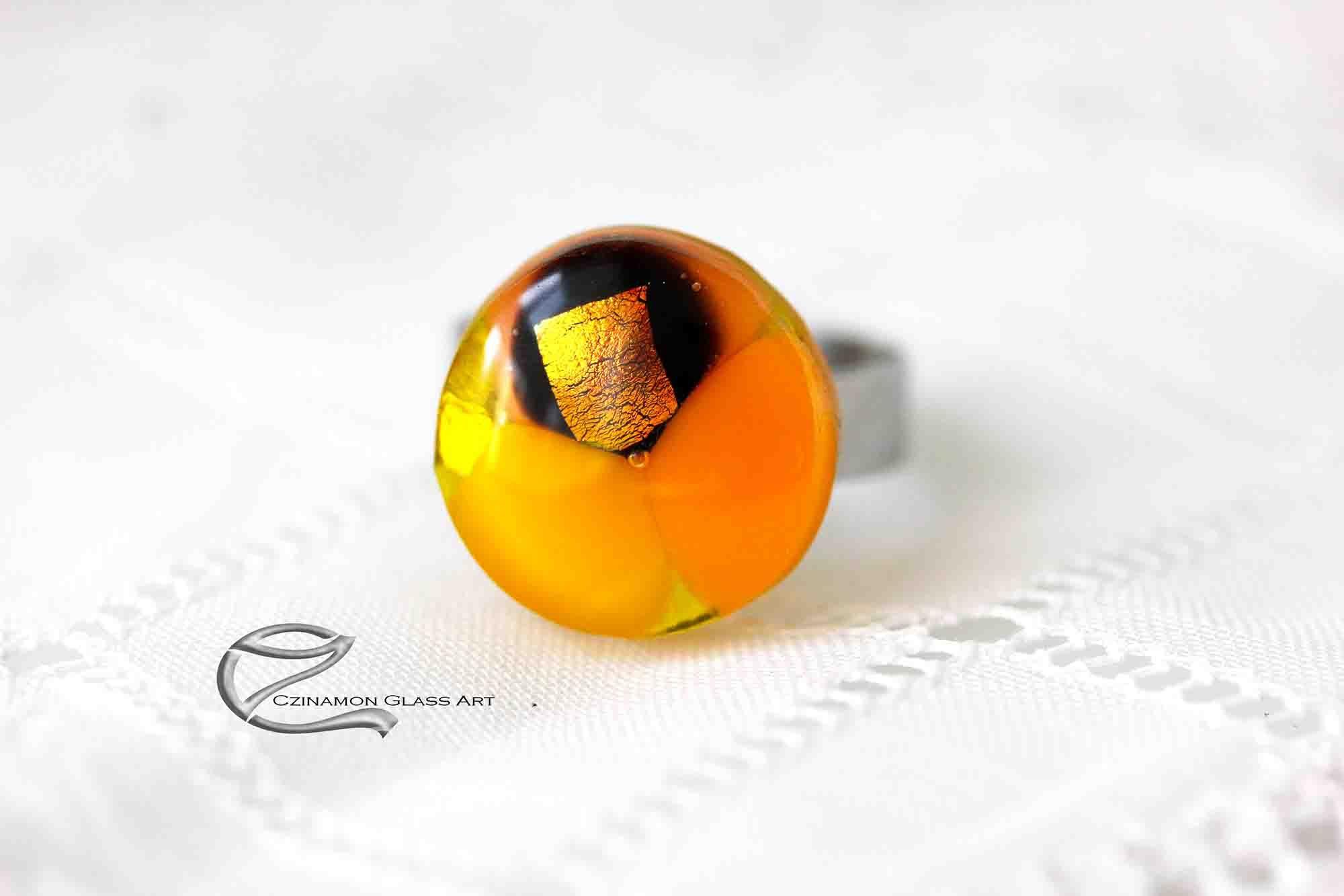 Narancs sárga üveg gyűrű