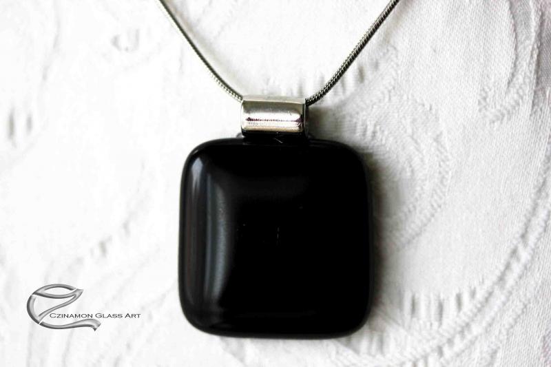 Ónix fekete üveg medál
