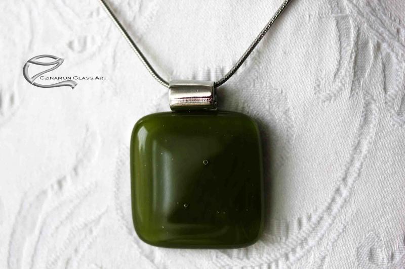Spenót zöld üveg medál